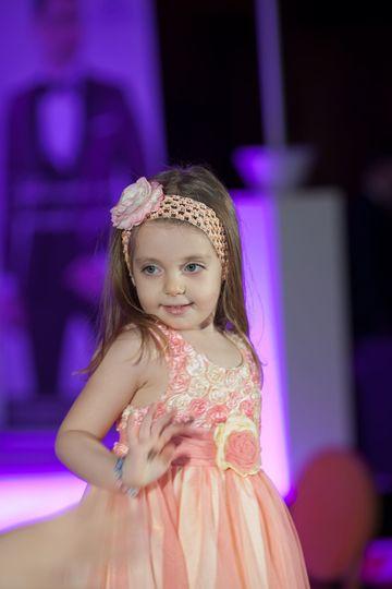 Model la 4 ani! Fetita lui Cristian Sabbagh a urcat pentru prima oara pe podium