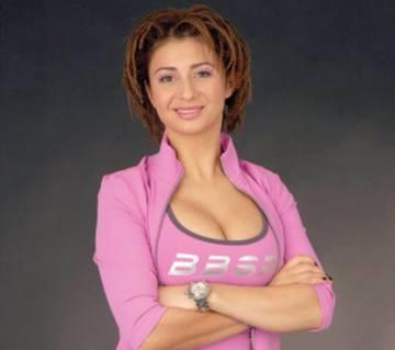 Surpriza! Anamaria Prodan a venit sa fie alaturi de fetele lui Gigi Becali! Afla cand a ajuns sotia lui Reghe la vila lui din Pipera!