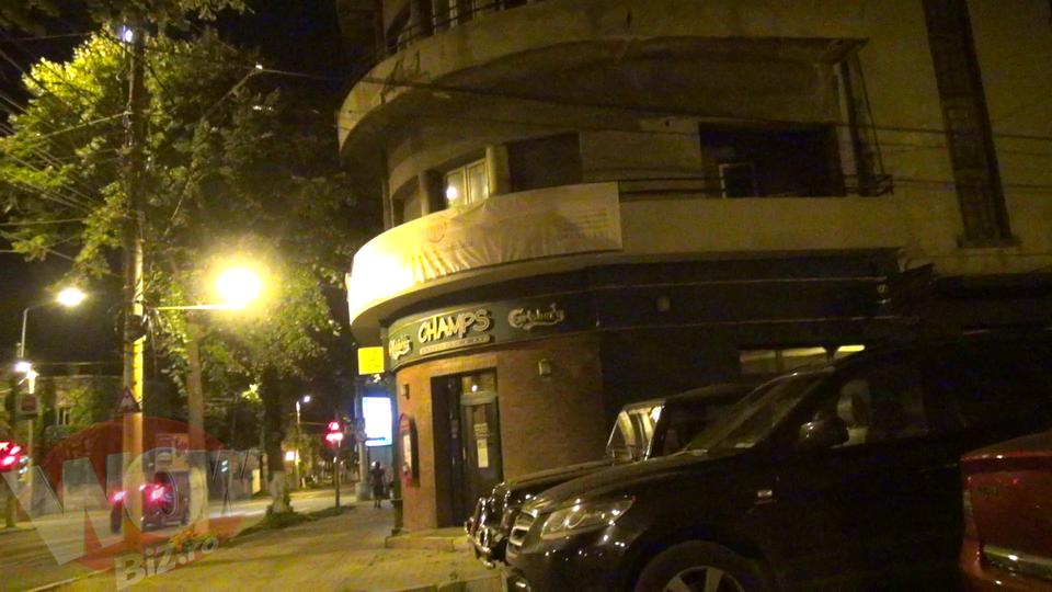 Aici a incasat Alexandra Stan prima bataie. Cladirea unde este studioul lui Marcel Prodan este acum pustie