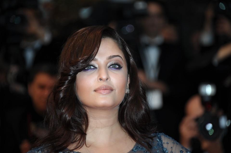 Aishwarya Rai a slabit, in sfarsit! Uite ce bine arata indianca!