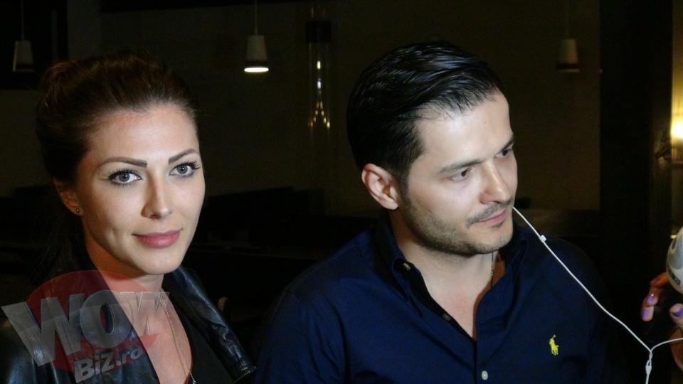 EXCLUSIV! Imagini in premiera ! Ilinca Vandici si Liviu Varciu, primul sarut! Uite-i in tandreturi, cum beau sampanie din acelasi pahar