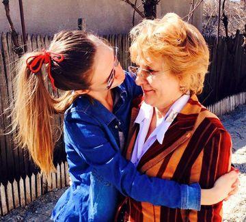 FOTO! Adela Popescu se lauda cu mama ei! Cele doua seamana ca doua picaturi de apa!