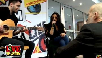 """VIDEO Ce i-a facut Andrei Gheorghe Antoniei cand ea se pregatea sa cante! Uite ce reactie a avut cantareata: """"Mor"""""""