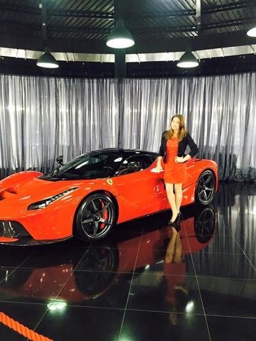 Monica Rosu a vizitat cel mai tare salon auto din Romania