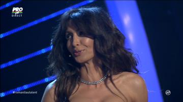 """A dublat audienta cu decolteul asta! Cum a aparut Mihaela Radulescu in direct la show-ul de talente: """"Am nevoie de o aspirina"""""""