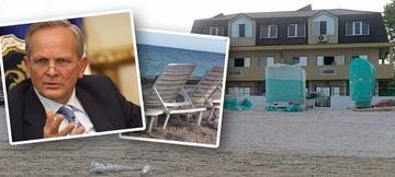 Asa arata vila lui Stolojan de pe plaja! Fostul prim-ministru al Romaniei detine un imobil cu 20 de camere in zona statiunii Olimp!