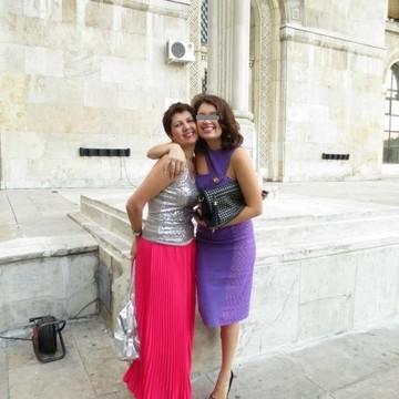 FOTO! Fata Corinei Dragotescu s-a indragostit in America!