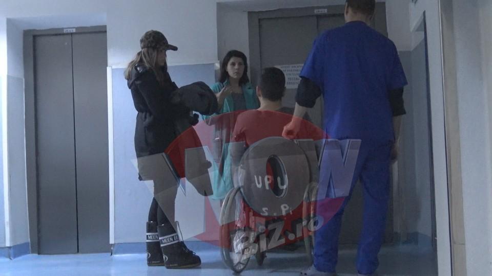 """VIDEO EXCLUSIV! De ce a ajuns Madalin Ionescu pe mana doctorilor miercuri seara? """"Medicii m-au rugat sa raman peste noapte in spital"""" Prezentatorul emisiunii WOWbiz se simte bine acum, asa ca nu ratati diseara un nou show de senzatie la Kanal D"""