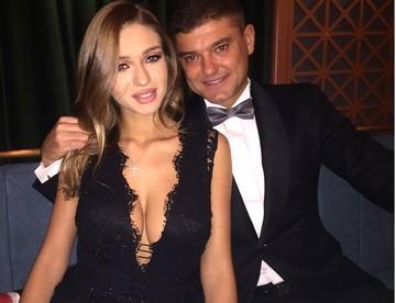 Boureanu nu e deloc afectat de scandalul in care e implicata Valentina Pelinel! Uite cum s-a pozat cu iubita