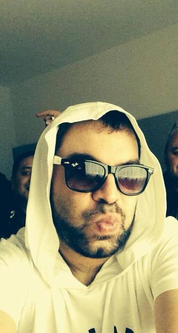 FOTO! Florin Salam isi ia pacate din cauza fanilor! E blasfemie sau prostie?! Uite ce i-au facut!