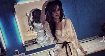 FOTO EXCLUSIV | Ana-Maria Barnoschi, asa cum nu ai mai vazut-o! A pozat aproape dezbracata! E super sexy in lenjerie intima!