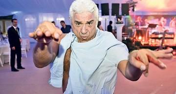 """DEZVALUIRI Cum povesteste primarul Pandele bataia pe care si-a luat-o pe strada de la Giovani Becali: """"A venit din spate si a tabarat cu pumnii pe mine! Apoi a incercat sa-mi dea in cap cu un tarnacop! M-a lovit la mana in care aveam o tija!"""""""