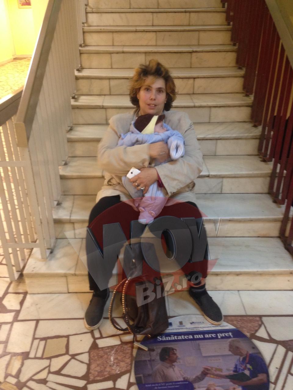 VIDEO EXCLUSIV! Ioana Tufaru si bebelusul ei s-au intors acasa! Asa arata micutul de patru luni, nascut prematur, dupa o saptamana in spital! Copilul a avut un inceput de pneumonie!