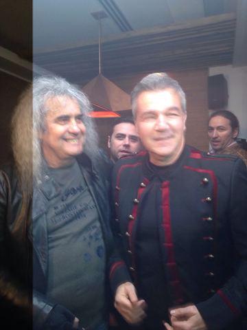 """Gloriile rock-ului si-au dat mana! Bittman si Minculescu, impreuna la evenimentul de lansare a piesei """"S-aprindem tortele"""""""