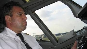 FOTO! Cea mai buna prietena a Alinei Vidican e stewardesa care l-a desfiintat pe Adrian Iovan!