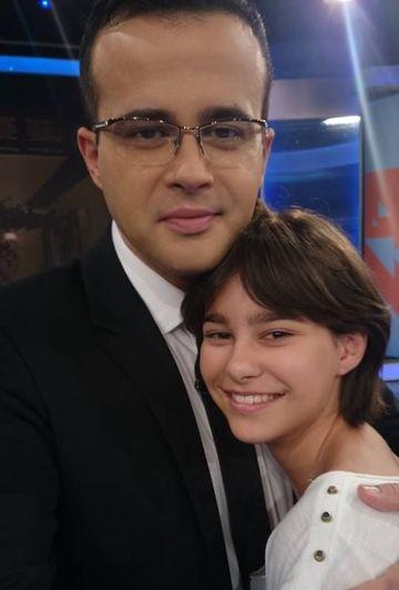 "FOTO! Ea ii ""topeste"" inima lui Mihai Gadea! Realizatorul tv isi adora fiica! Karina este o adolescenta model!"