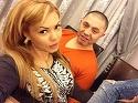 VIDEO Uite-o pe Beyonce de Romania cum se da cu Segway-ul prin sufrageria lui Guta!