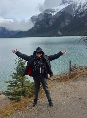 FOTO Mirabela Dauer a plecat in Canada cu Gheorghe Gheorghiu! Uite cat de bine se simte artista peste mari si tari