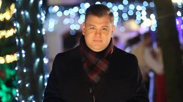 """Sambata, 24 decembrie, editie speciala a emisiunii """"Asta-i Romania!"""" Mihai Ghita: """"Dintr-o data ti se iau de pe umeri toate poverile vietii si oricat ai fi de trist tot se mai gaseste un strop de iubire si pentru tine"""""""