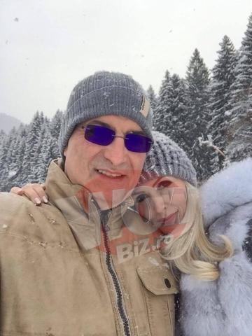 Silviu Prigoana isi rasfata sotia cu vacante de 5 stele si blanuri scumpe. Ce tinuta a adoptat Mihaela pe partia de schi