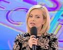 Simona Gherghe isi protejeaza burtica de gravida asemenea unei leoaice! Ce a facut prezentatoarea TV in direct?