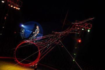 Dupa moartea piticului Colorado, lumea circului este din nou in stare de soc! Un acrobat s-a prabusit de la 8 metri, la Circul Globus
