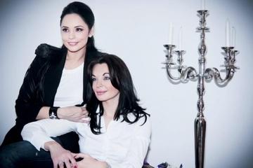 Elena Gheorghe, Lidia Buble, Cream, Andreea Marin, Bianca Dragusanu si Delia sunt cunoscute de toti romanii, dar ai idee cat de frumoase sunt surorile lor? FOTO!