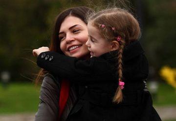 Multi au spus ca si-a abandonat fiica, dar uite ce face Monica Gabor! Gestul suprem de iubire facut de vedeta pentru Irina e uimitor