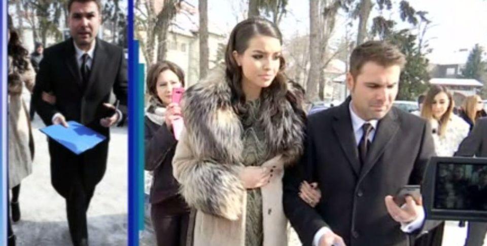 "Editie INCENDIARA Wowbiz! Iulia Albu a dat de pamant cu Elena Gheorghe: ""Tinuta este una dintr-o zona de plictiseala majora!"