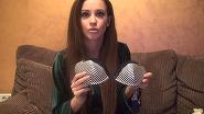 Ana-Maria Barnoschi ne-a primit in casa si ne-a aratat colectia ei de sutiene! Are peste 100 de piese de lenjerie, care mai de care mai sexy! VIDEO EXCLUSIV!