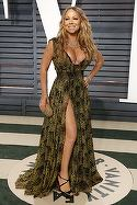 Vai, dar în ce hal şi-a sugrumat sânii! Mariah Carey, apariţie dezastruoasă la decernarea Premiilor Oscar