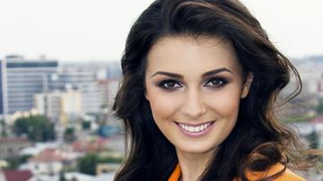 """O cunoscuta prezentatoare tv si-a inceput cariera ca dansatoare in emisiunea """"Surprize, surprize"""", prezentata de Andreea Marin!"""