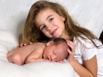 Doamne, ce frumoşi sunt! Copiii Andreei Bănică, şedinţă foto de excepţie! Uite cum au fost surprinşi!