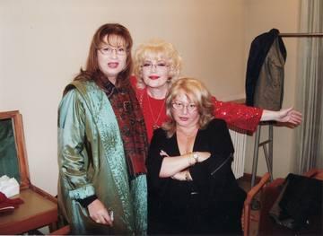 """Motivul pentru care Angela Similea, Corina Chiriac si Mirabela Dauer au fost mult timp certate: """"Mihai Constantinescu ar fi intervenit in prietenia celor trei soliste spunand fiecareia ca cealalta o vorbeste de rau in particular!"""""""