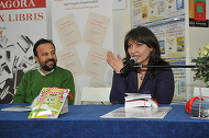 Fosta nevasta a lui Gyuri Pascu a lansat o carte! Volumul Danielei Marin contine doua piese de teatru