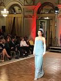 Brigitte Sfat a defilat pe podium! Vezi ce tinuta a prezentat sotia lui Nastase! Vezi si ce a imbracat Laurette FOTO!
