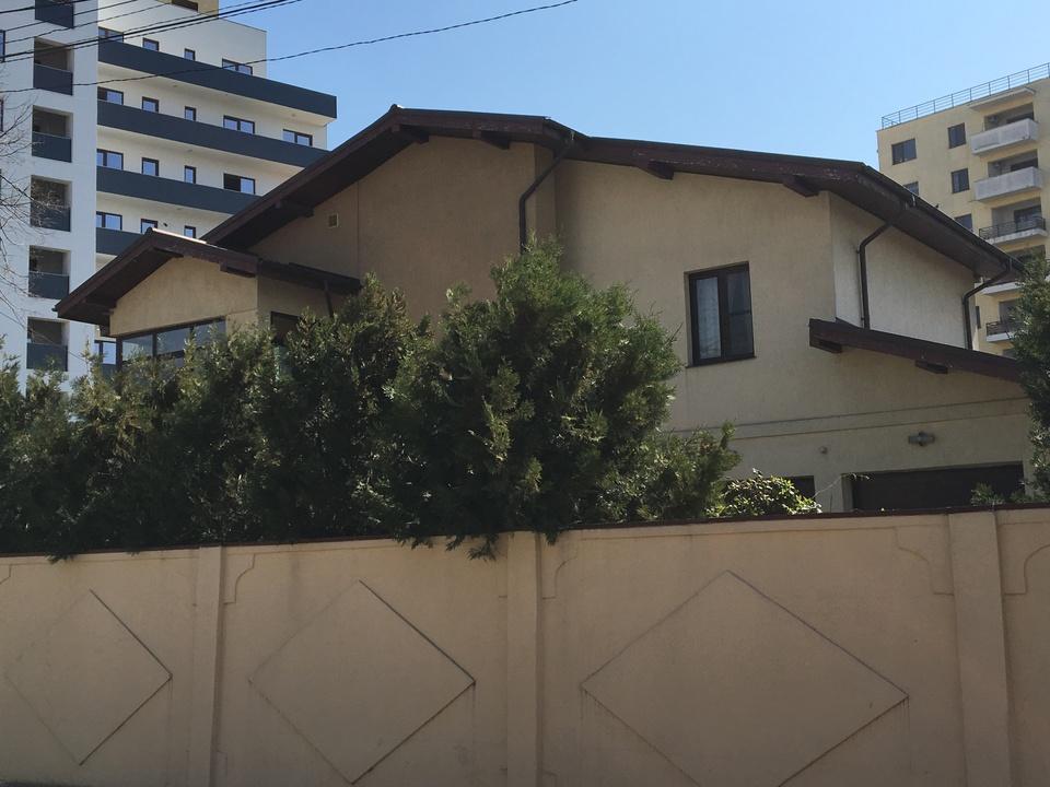 """Ionela Prodan are un """"palat"""", cu gradina superba, in centrul Capitalei! Aceasta este proprietatea de 600.000 de euro pe care o va mosteni Anamaria Prodan! VIDEO EXCLUSIV!"""