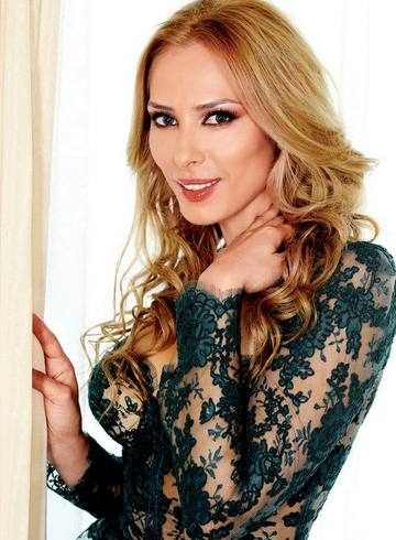 Iulia Vantur, detaliu rusinos! S-a pozat in vacanta luxoasa in care se afla cu iubitul, insa toata lumea a observat ceva jenant