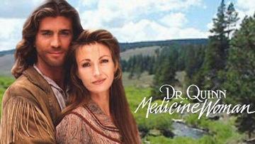 """Greu de crezut! Cum arata acum actrita Jane Seymour din """"Doctor Quinn""""? A implinit de curand 66 de ani"""