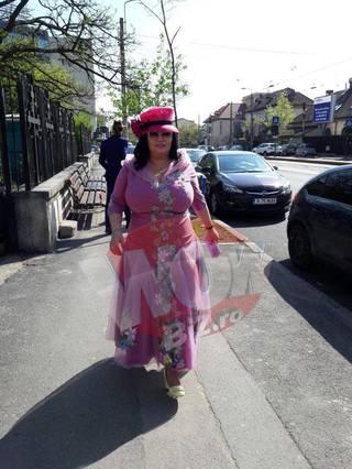 Ozana Barabancea, apariţie extravagantă la botezul fiicei Andreei Bălan! Uite cum s-a îmbrăcat vedeta
