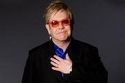 """Momente dramatice pentru Elton John! Artistul, internat la terapie intensivă după ce a contractat o infecţie """"potenţial mortală"""""""