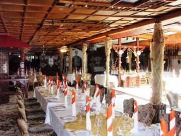 Restaurantul lui Gigi Netoiu si al Elenei Borcea a incheiat pe pierdere ultimul an fiscal! Fostii actionari dinamovisti au scos insa in ultimii cinci ani sute de mii de euro profit cu afacerea lor