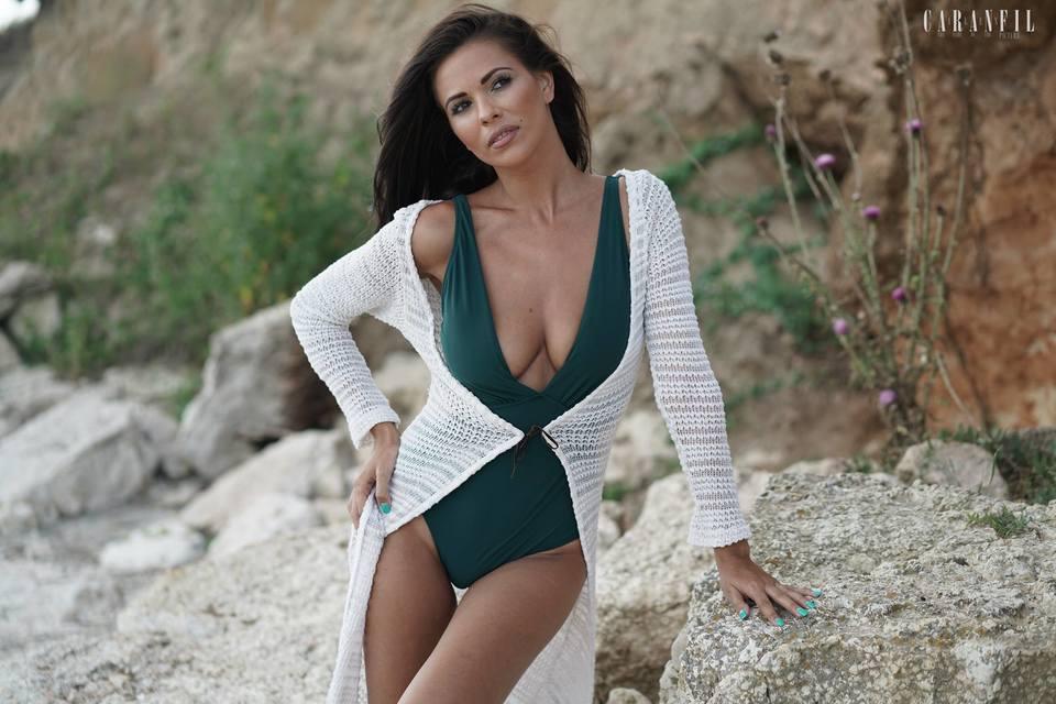 Fosta sotie a lui Tibi Balan isi vinde vila din Cluj! Andreea Bododel vrea un sfert de milion de euro pe casa si 7500 de euro pe o masina | EXCLUSIV