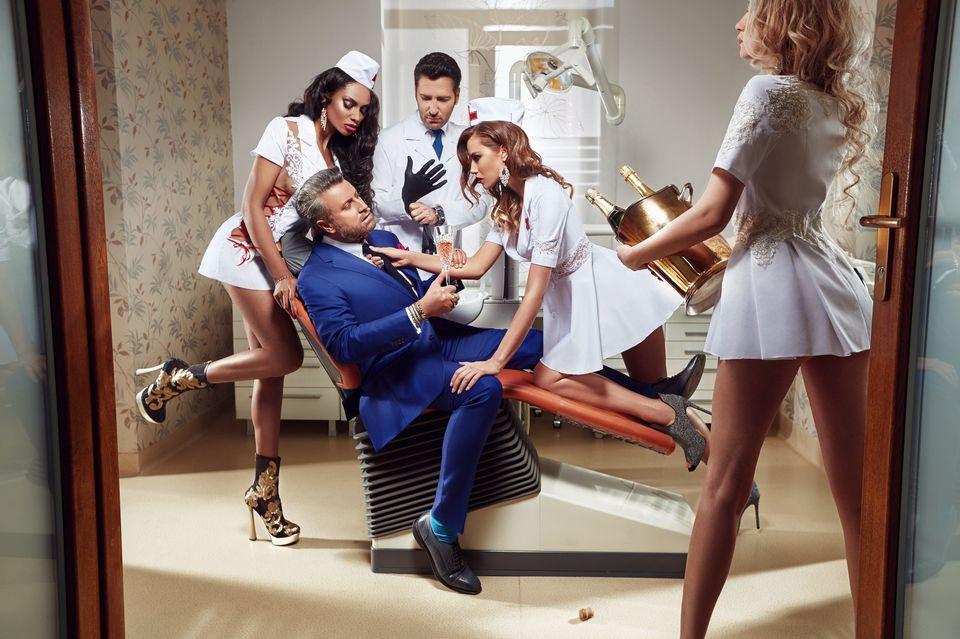 Catalin Botezatu, sedinta foto la stomatolog!