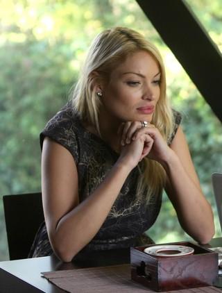 Valentina Pelinel, inselata din puscarie! Fostul model nu se astepta ca barbatul sa ii faca si ei una ca asta