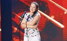Cum a aparut imbracata Paula Rad pe scena talentelor? Soprana care lucreaza ca femeie de serviciu a furat ochii tuturor