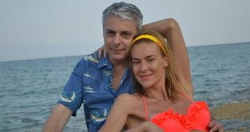 """Ce a apărut pe pagina de Facebook a Roxanei Ciuhulescu după ce a anunţat că a divorţat: """"Te iubesc!"""""""