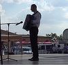 Fiul Ilenei Ciuculete a facut PLAYBACK LA ACORDEON la primul sau concert mare! Mugurel Sfetcu a mimat mai bine de 45 de minute! VIDEO