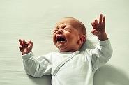 """Povestea despre un bebelus care te va cutremura: """"Cat si-a strigat mama, cum si-a dorit-o langa el. In final, dupa ce si-a plans si ultimele lacrimi..."""""""