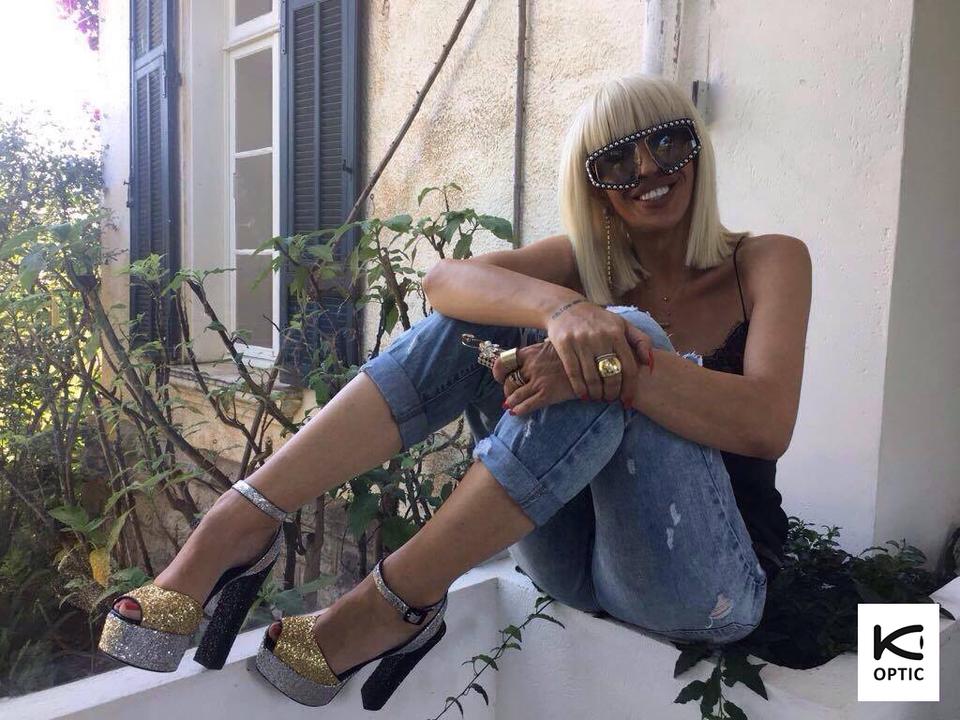 "Raluca Badulescu, spectacol total la Cannes! Jurata ""Bravo, ai stil!"" a fost invitata unui eveniment super-exclusivist ce s-a desfasurat intr-un castel"